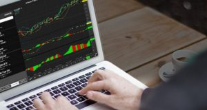 pic432350 300x160 - Forex Social Trading: The Good and the Bad